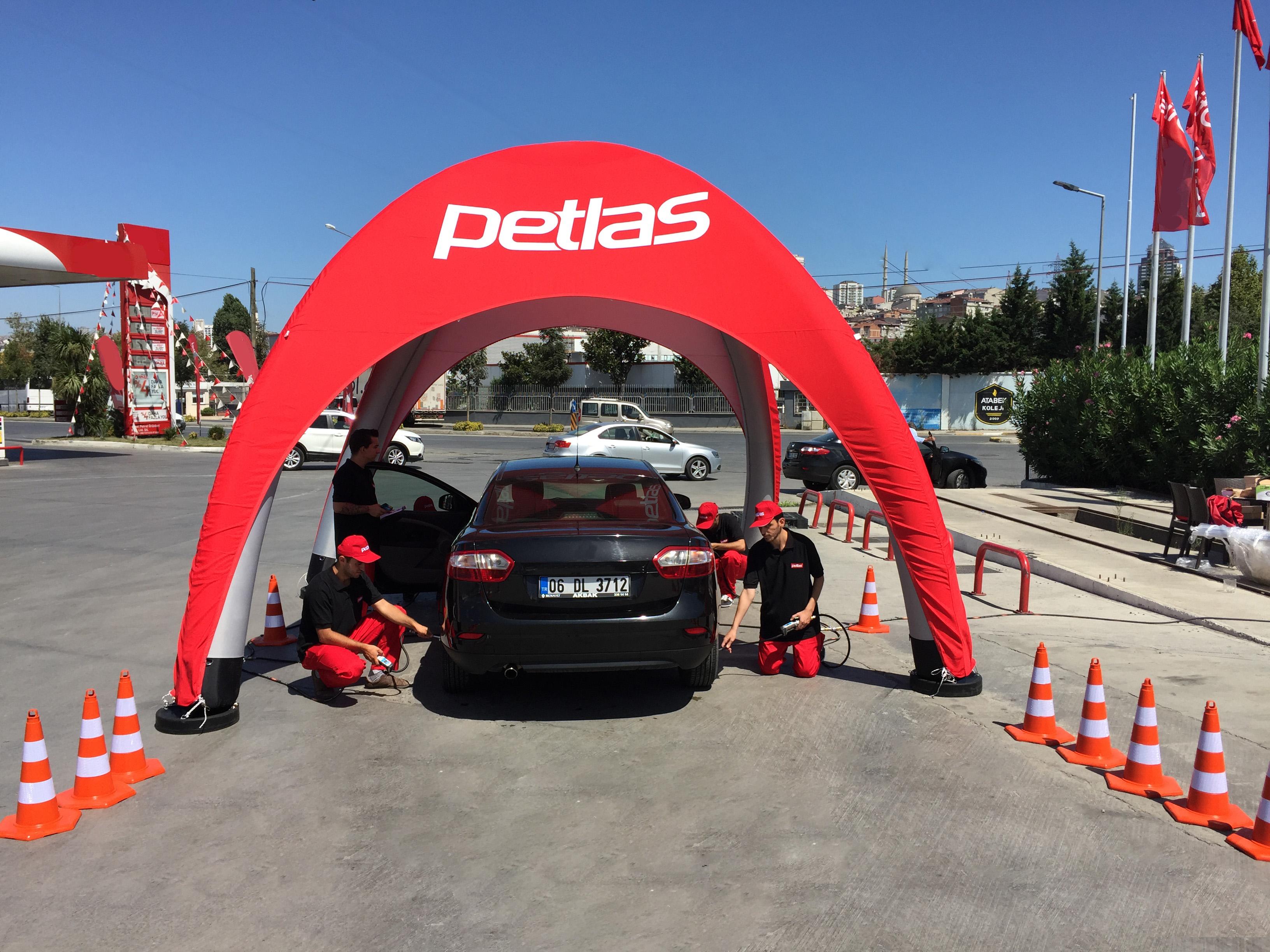 PETLAS'TAN BAYRAMDA Güvenli Yolculuk İçin Lastik Kontrolü Hizmeti